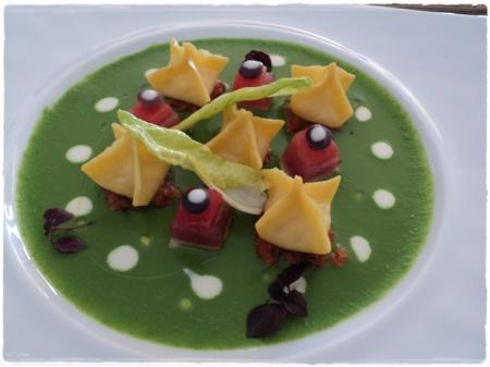 Ravioli di mozzarella con scarola e palamita di Andrea Migliaccio - foto A. Di Costanzo