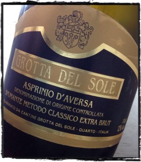 Asprinio d'Aversa Extra Brut Riserva Grotta del Sole - foto A. Di Costanzo