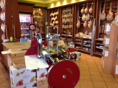Ciarcia, il negozio - foto A. Di Costanzo